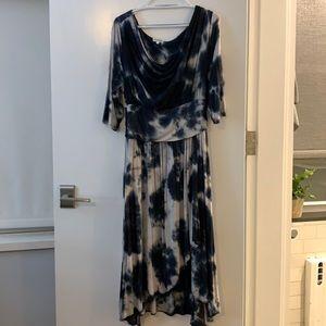 Navy and White Kiyonna Dress Size 1 (1x)